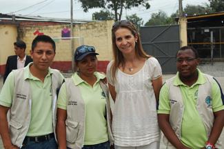 SAR la Infanta Doña Elena visita el proyecto de Humana y la Fundación Mapfre en Ecuador-img2