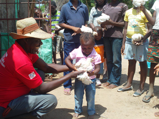 Dar a cada niño y niña una oportunidad -img3