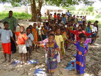 Dar a cada niño y niña una oportunidad -img1