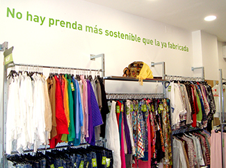 New sustainable fashion Humana store in Seville-img2