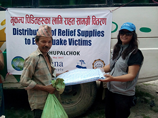 Prosigue la distribución de ayuda en Nepal-img1