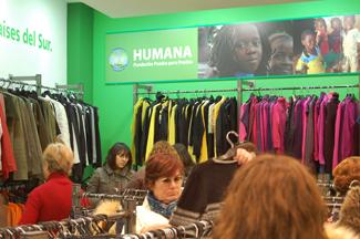 Humana abre su octava tienda de  ropa de segunda mano en Madrid  para cooperación al desarrollo-img1