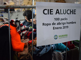 Third donation of clothes for people of the CIE of Aluche-Madrid-img2