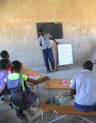 Quan la comunitat treballa darrere de la seva educació-img2