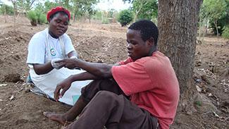 20 millones de personas involucradas en el  programa TCE de lucha contra el VIH -img2