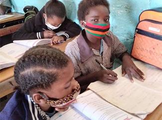 Dorcas, 11 años, Zambia: 'Sueño con ser maestra o médico'-img1