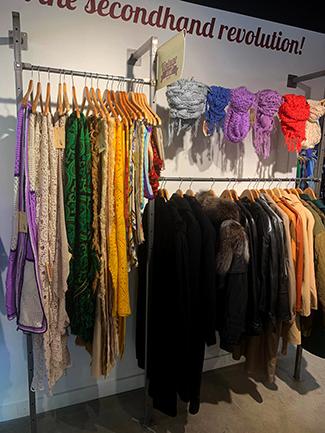Humana obre a Barcelona la seva primera botiga exclusivament vintage-img2